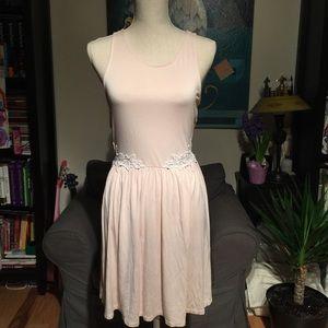 4/$25 🌺 Kimchi Blue Crochet Sided Dress